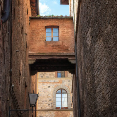 Walking tour in Siena for Italy educational summer program abroad